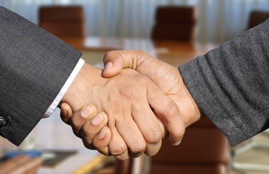 É possível as partes criarem negócios jurídicos processuais, alterando os prazos processuais?